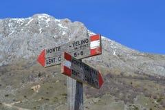 Traînées dans la montagne Photographie stock libre de droits