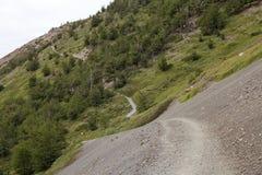 Traînez à Torres del Paine au parc national de Torres del Paine, Patagonia chilien, Chili photographie stock libre de droits