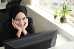Trabajador árabe asiático Imagen de archivo libre de regalías