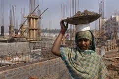 Trabajador de construcción de la mujer Fotografía de archivo libre de regalías