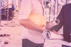 Trabajador de construcción en la construcción Fotos de archivo