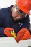 Trabajador de construcción hispánico atractivo fotografía de archivo libre de regalías