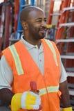 Trabajador de construcción In Protective Workwear Fotografía de archivo libre de regalías