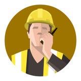 Trabajador de construcción que habla en la radio Imágenes de archivo libres de regalías