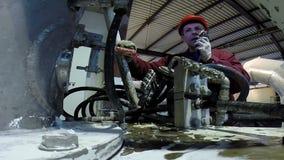 Trabajador de la planta industrial metrajes