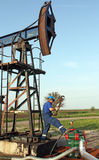 Trabajador del aceite Fotografía de archivo libre de regalías