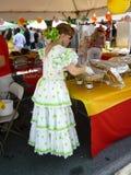 Trabajador del alimento de la mujer Foto de archivo libre de regalías