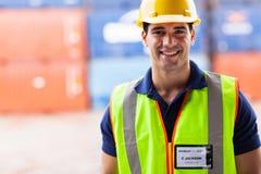 Trabajador del almacén del puerto Foto de archivo libre de regalías