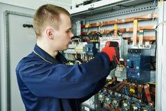 Trabajador del ingeniero del electricista Imagen de archivo