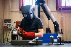 Trabajador metalúrgico del soldador foto de archivo libre de regalías