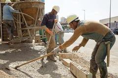 Trabajadores de construcción en Líbano Fotos de archivo libres de regalías