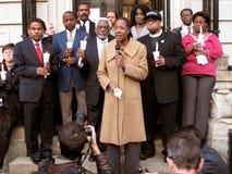 Trabajadores de la ayuda en la embajada de Haití Imágenes de archivo libres de regalías