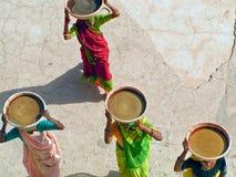 Trabajadores de sexo femenino indios fotografía de archivo