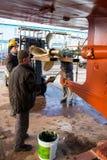Trabajadores del astillero Fotografía de archivo