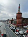 Trabajo de la restauración de las torres foto de archivo