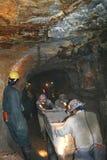 Trabajo de los mineros imagen de archivo