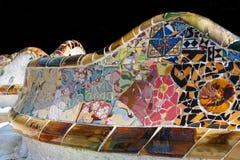 Trabajo de mosaico de Gaudi en el parque Gell, Barcelona Foto de archivo libre de regalías