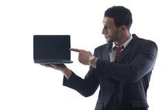 Trabajo del hombre de negocios sobre la mini computadora portátil Imagenes de archivo
