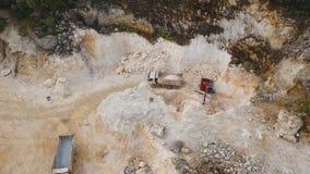 Trabajo en la mina de la piedra caliza metrajes