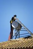 Trabajo sobre el tejado Fotografía de archivo