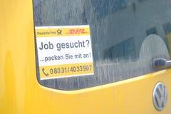 Trabajos de Deutsche Post y de DHL Imágenes de archivo libres de regalías