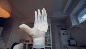 Trabajos de mano biónicos modernos, cierre para arriba almacen de video