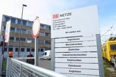 Trabajos del DB Netze y del DB Fotos de archivo libres de regalías
