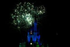 Trabajos del fuego del castillo de Disney Fotografía de archivo