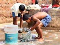 Trabajos infantiles en la India Fotos de archivo libres de regalías