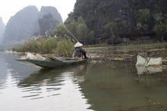 Trabajos vietnamitas del granjero Foto de archivo