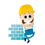 Trabalhador da construção engraçado dos desenhos animados que inclina-se na parede Fotos de Stock