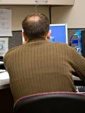 Trabalhador da tecnologia da informação fotografia de stock royalty free