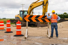 Trabalhador de construção de estradas da estrada Fotografia de Stock