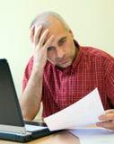 Trabalhador de escritório dividido Foto de Stock Royalty Free