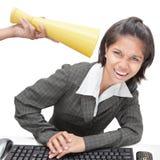 Trabalhador de escritório que começ instruções altas fotografia de stock