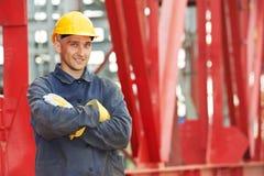Trabalhador do construtor no canteiro de obras Imagens de Stock Royalty Free