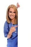Trabalhador dos cuidados médicos com sinal em branco fotos de stock royalty free