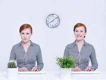 Trabalhador irritado e feliz Imagens de Stock