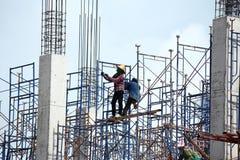 Trabalhador que trabalha na construção Imagem de Stock