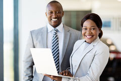 Trabalhadores com portátil Imagens de Stock Royalty Free