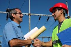 Trabalhadores da companhia da eletricidade fotografia de stock royalty free