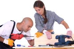 Trabalhadores da construção no trabalho Fotos de Stock Royalty Free