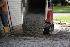 Trabalhadores do cimento foto de stock