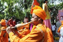 Trabalhadores do partido de Bjp que comemoram durante a eleição na Índia Imagens de Stock Royalty Free