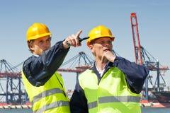 Trabalhadores do porto Foto de Stock Royalty Free