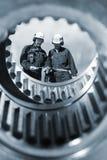 Trabalhadores e maquinaria da indústria Fotografia de Stock Royalty Free