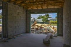 Trabalho da construção do bloco de cimento Fotos de Stock Royalty Free