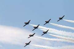 Trabalho da equipe em um airshow Foto de Stock Royalty Free