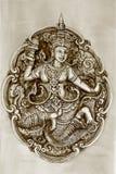 Trabalho de arte feericamente tailandês do relevo no tom do sepia fotos de stock