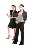 Trabalho de duas mulheres de negócios Foto de Stock Royalty Free